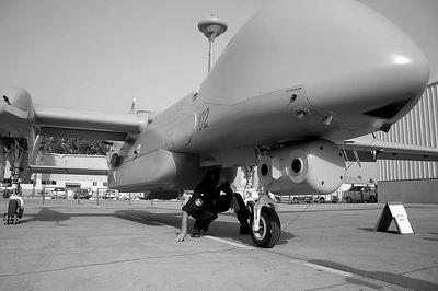 以色列空军展示新型无人机