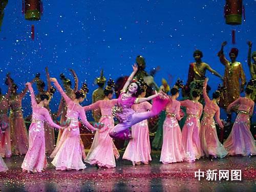 《丝路花雨》:用国粹艺术诠释中国传统文化精