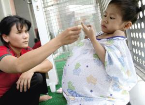 女童患怪病腹部肿胀如鼓续:病情恶化不治离世