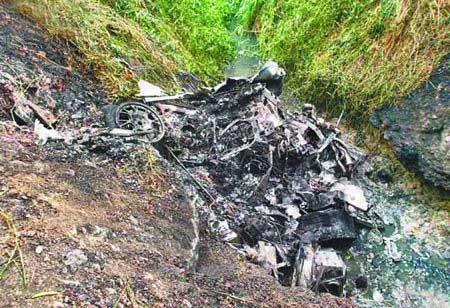 香港富商驾法拉利发生车祸被烧成焦炭(图)