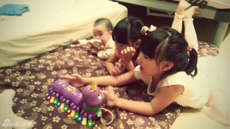 小S的3个女儿近照图片
