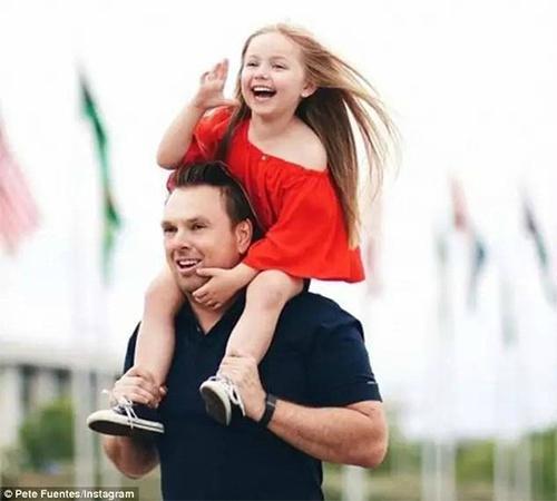 让老爸来打扮闺女会是怎么样的?INS上一位澳大利亚奶爸为5岁的女儿