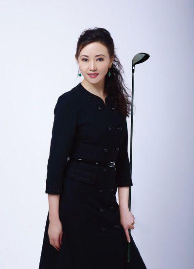 揭中国十大美女富婆 26岁杨惠妍成亚洲女首富