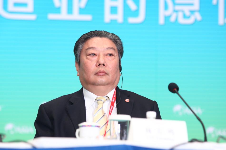 成飞董事长_成飞中学中学生劲爆图