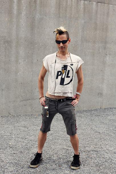 的色彩,高调的搭配,都是你可以学到的制胜街头PK的最佳装扮!-图片
