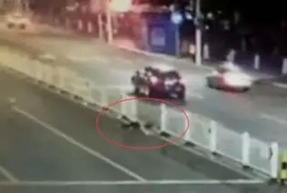 金钟夜撞第二十五签-市交警支队相关负责人还认为从视频提供的画面以及现有的证据...