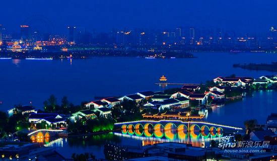 苏州是江苏人口最多的城市,同时也是经济最发达、现代化程度最高