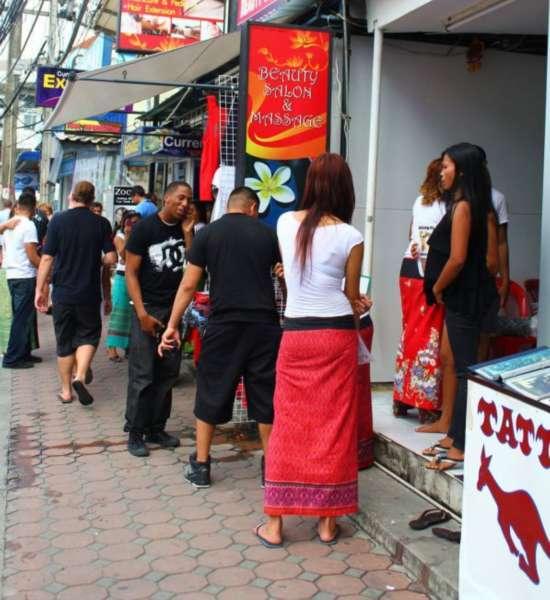 泰国独特的租妻文化