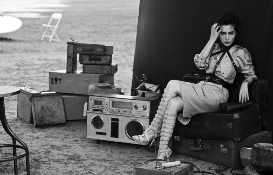 变形金刚4》中饰演的首席女科学家的风采.李冰冰自曝上大学高清图片