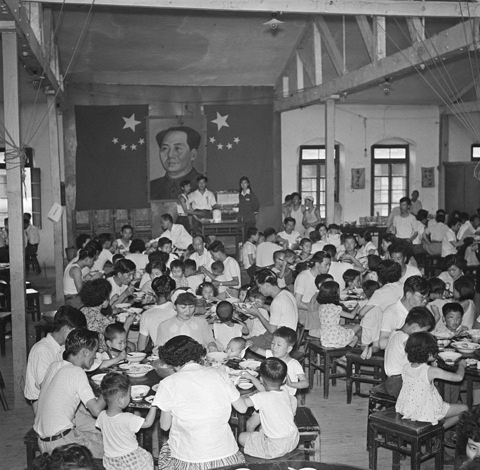 民以食为天.解放前,中国大多数普通老百姓很难吃得饱肚子.低下的