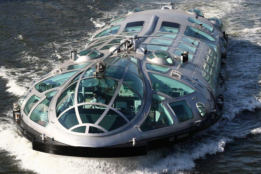 日本出现动漫中未来世界水上巴士