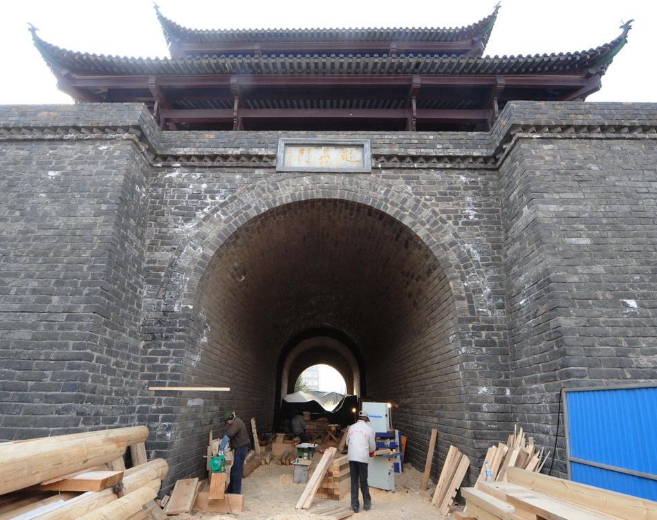 亥革命纪念碑等重点工程正在加快建设,将于2011年9月以前全部竣