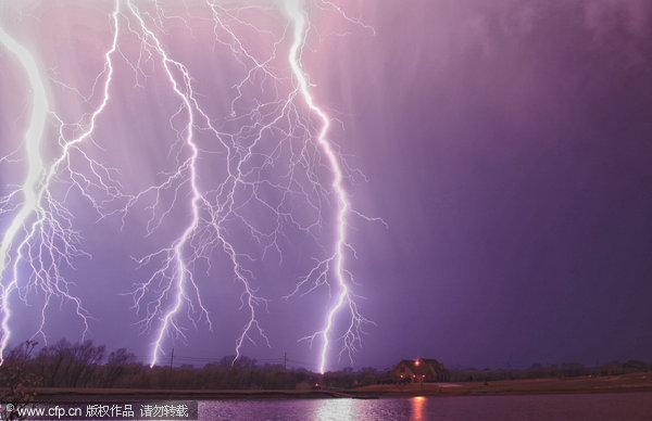 这些令人惊叹的天气照片来一名31岁的英国男子James Menzies,这名