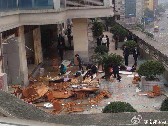 东莞一家餐厅发生严重爆炸事故