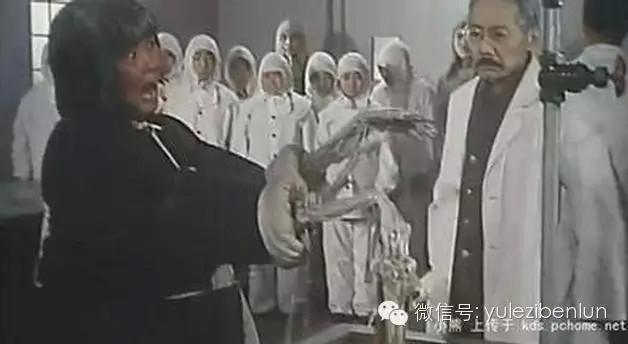 很多人都看过《黑太阳731》,对嘛!不然叫童年的梦魇?用刺刀敲