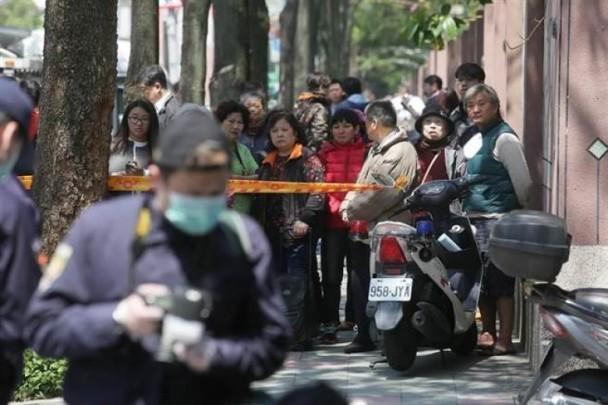 台北4岁女孩当街遭割喉身首异处 母亲目睹全程几近崩溃组图