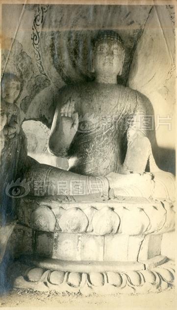 天龙山西峰15窟佛像,目前天龙山所有的佛像都已身首异处