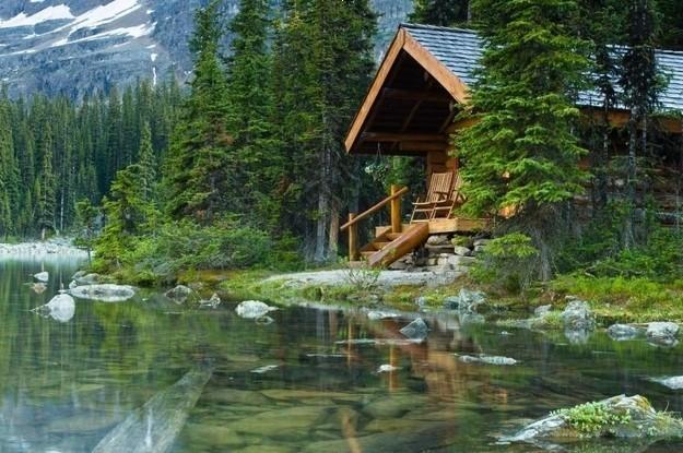 ,若能有一所小木屋,恐怕是世界上最美好的事情之一.清晨的阳