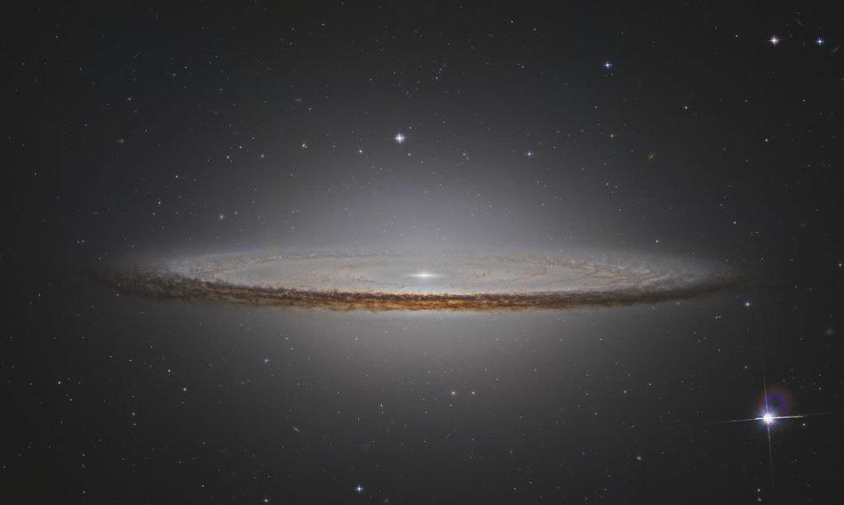 nasa发布迄今为止最大最清晰的银河系中心照片(组图) nasa公布木星