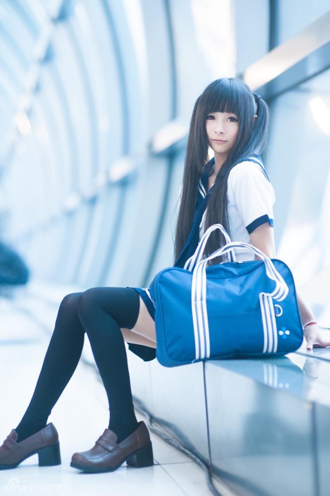 艾可写真水手服少女
