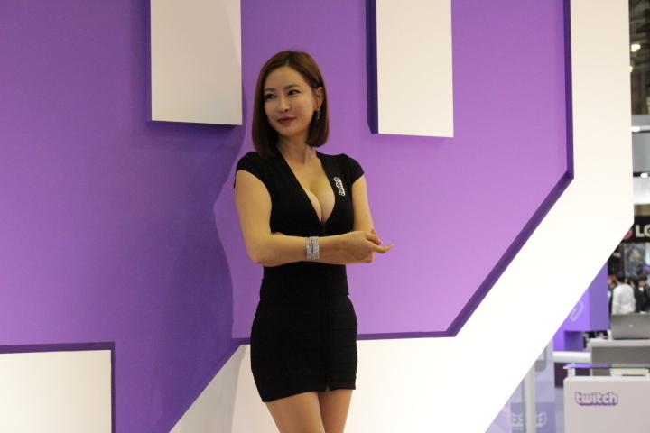 gstar2015首日各遊戲展臺正妹大搜羅