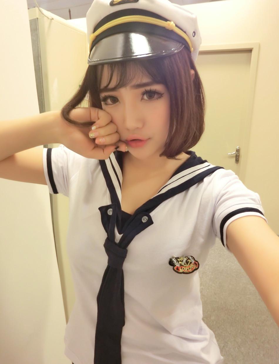 童顏巨乳showgirl扮貓咪賣萌