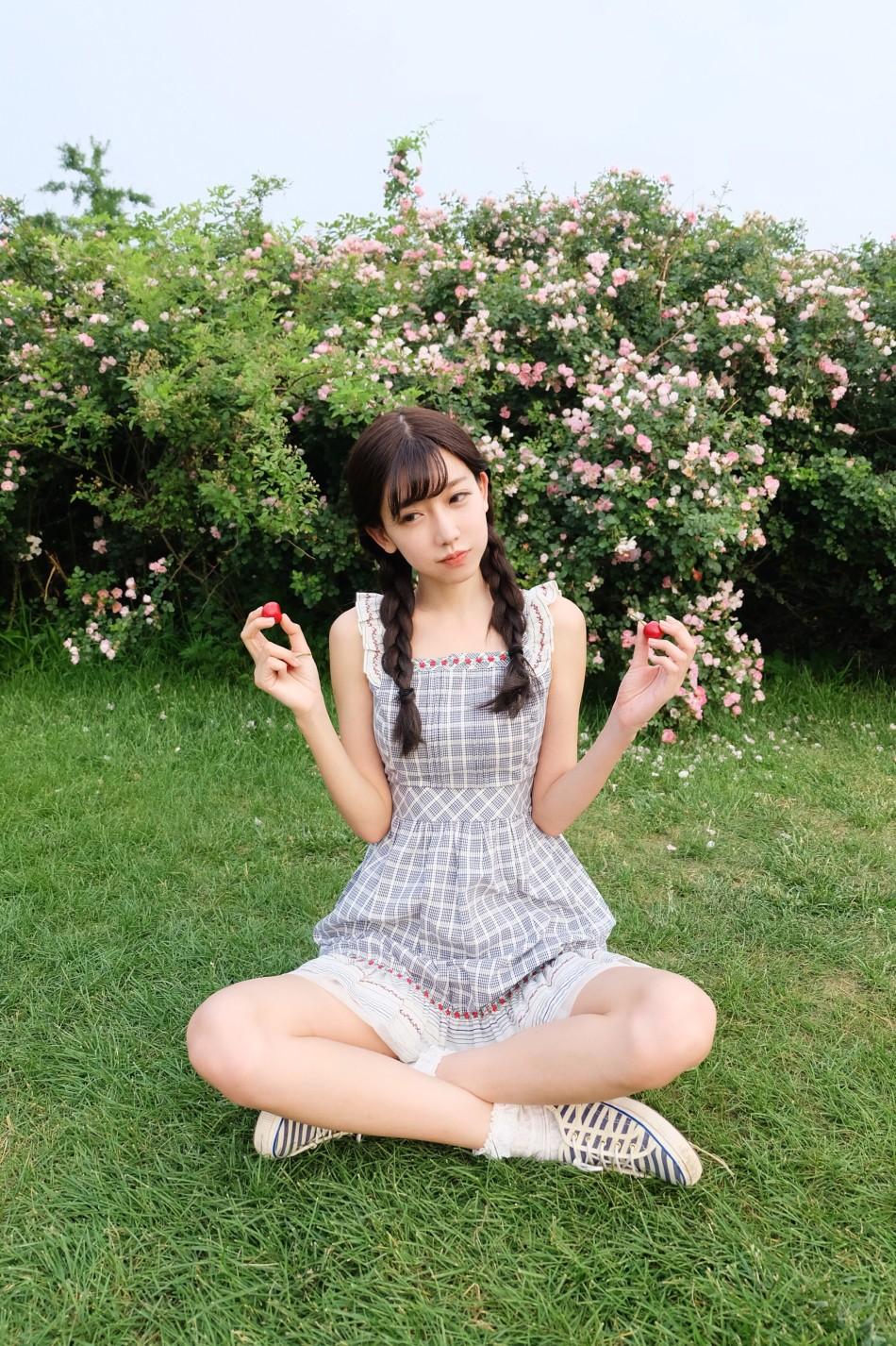 小林志玲代言游戏晒私照 网游:女神美死啦!