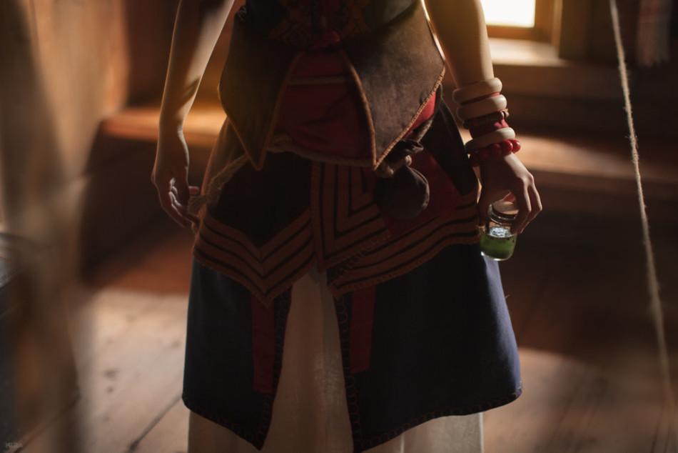 《巫師3》凱拉大尺度香艷Cos 蕾絲內衣襯托雙峰