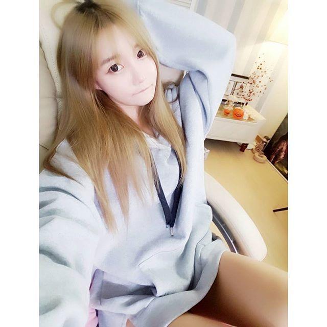 南韓女主播曬私房照 皮卡丘都被她撐變形了啦