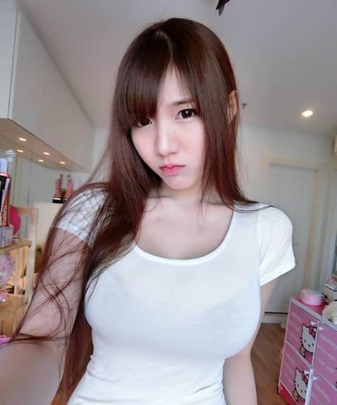 泰國Showgirl:衣服要被撐爆了
