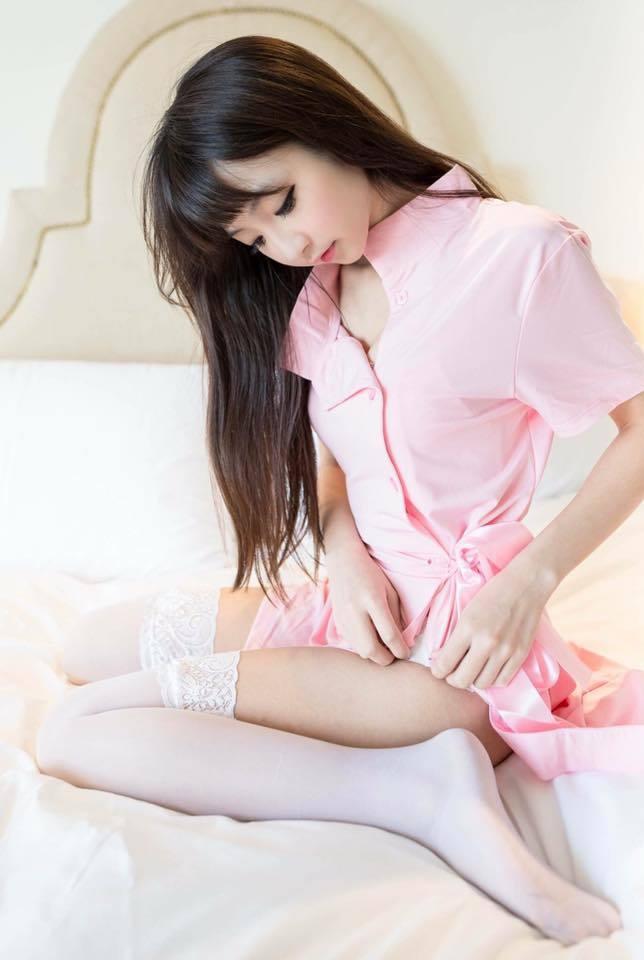 臺灣合法蘿莉曬白絲美腿照