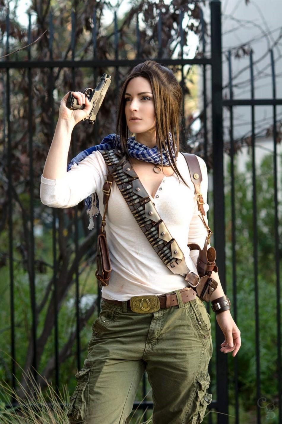 《神秘海域》女版德雷克cosplay