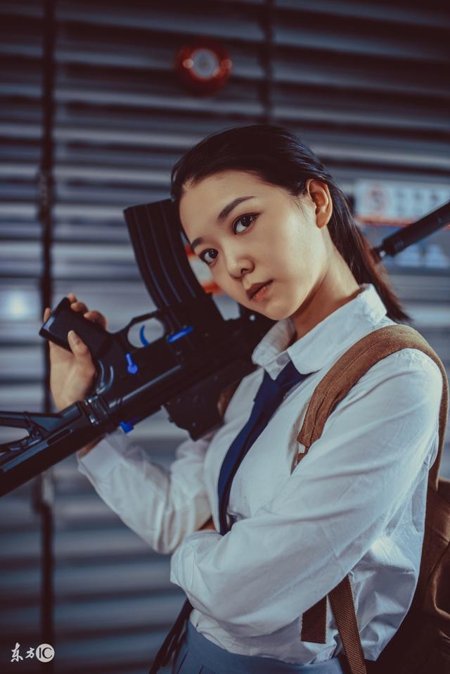 《绝地求生》同人cos(6)_美女图片_翼风游戏网