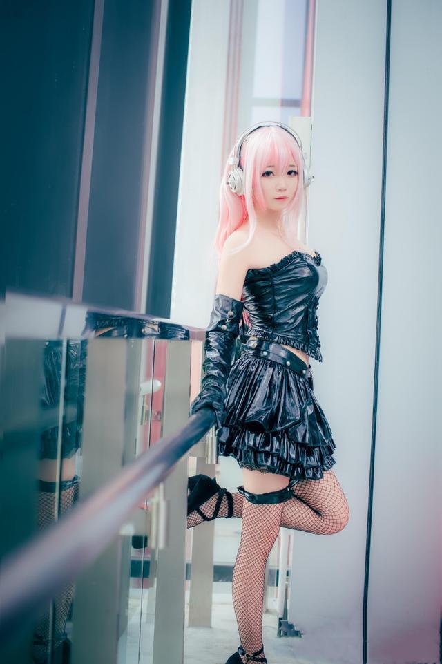 cosplay新力子大美少女 網襪露肩又萌又軟