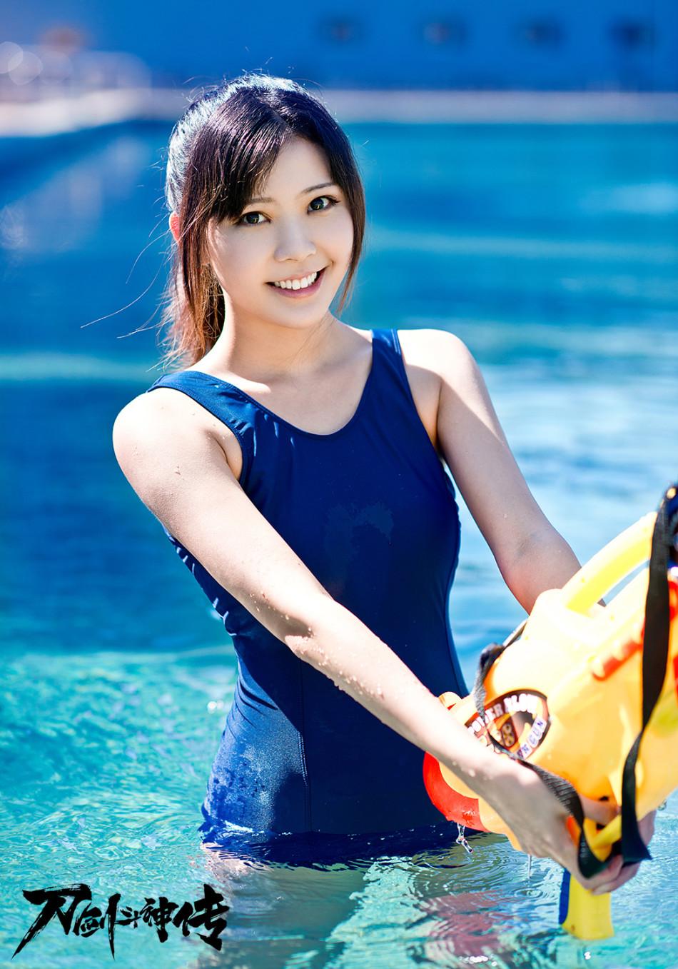 《刀劍鬥神傳》玩家泳裝秀
