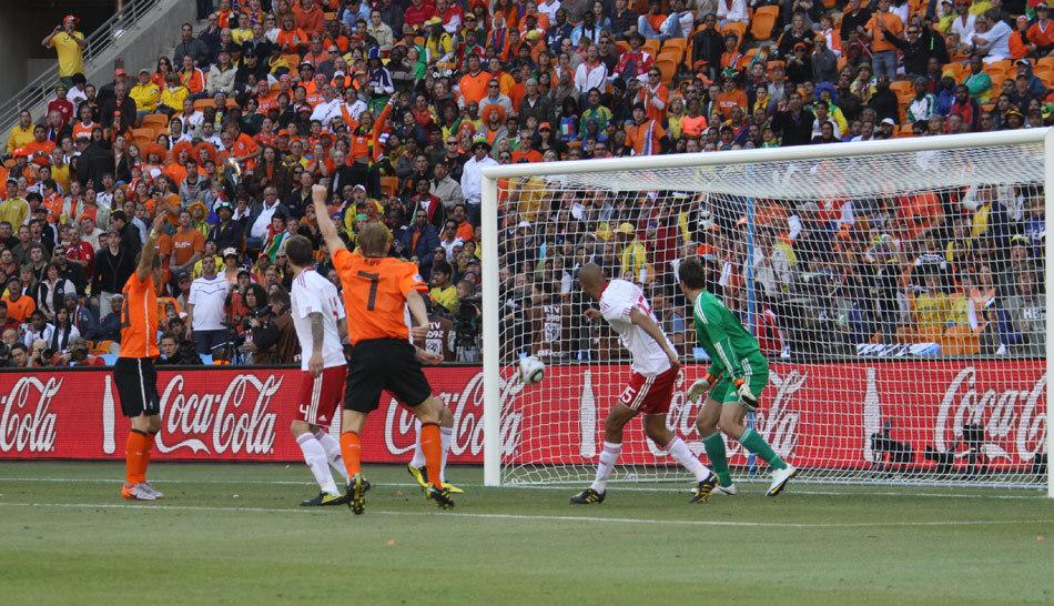 世界杯第一记乌龙球