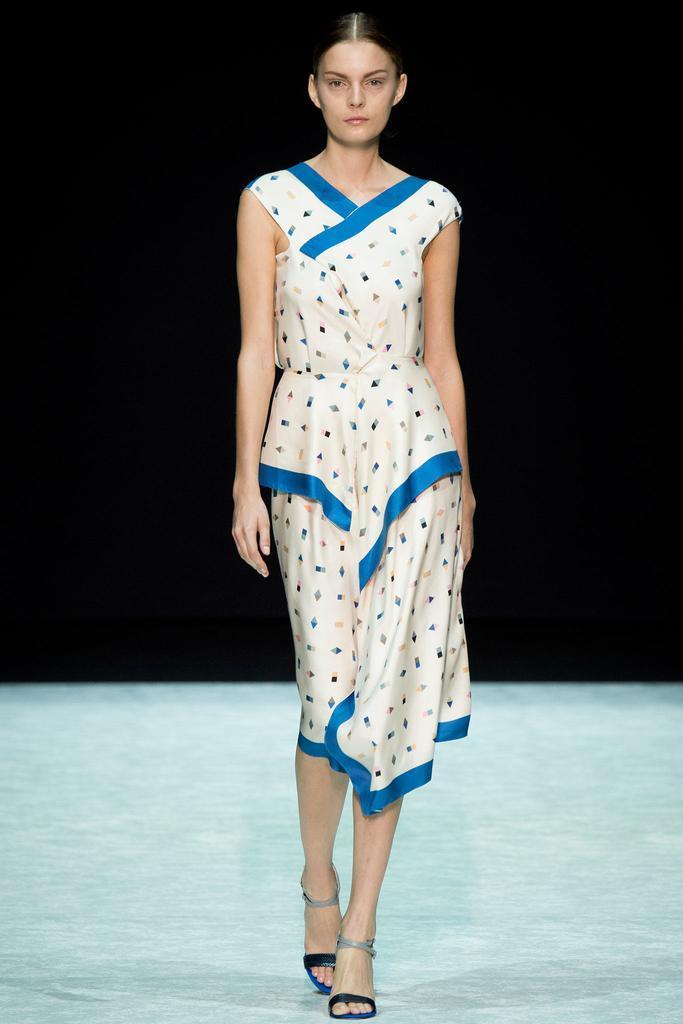 2015春夏米兰时装周发布会 山本耀司 Angelos Bratis 时装秀图片
