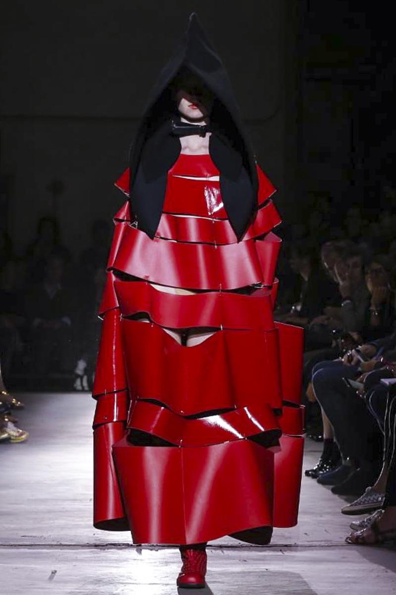 巴黎时装周 2015春夏 COMME des GARCONS 时装秀图片