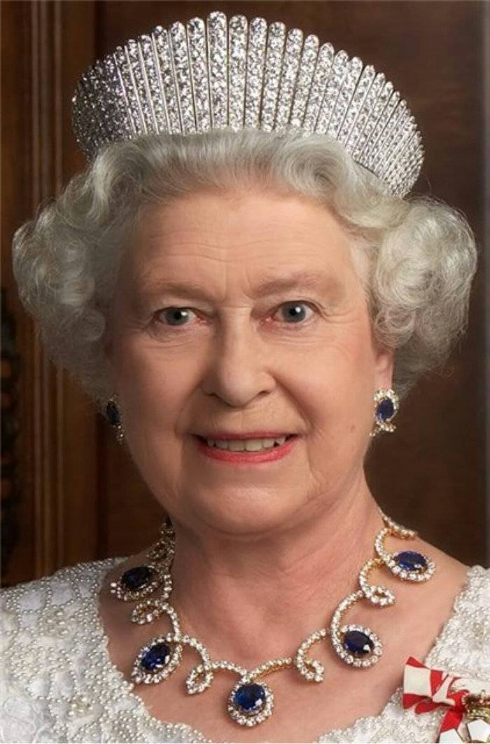 珍奇奢华的皇室珠宝高清图片