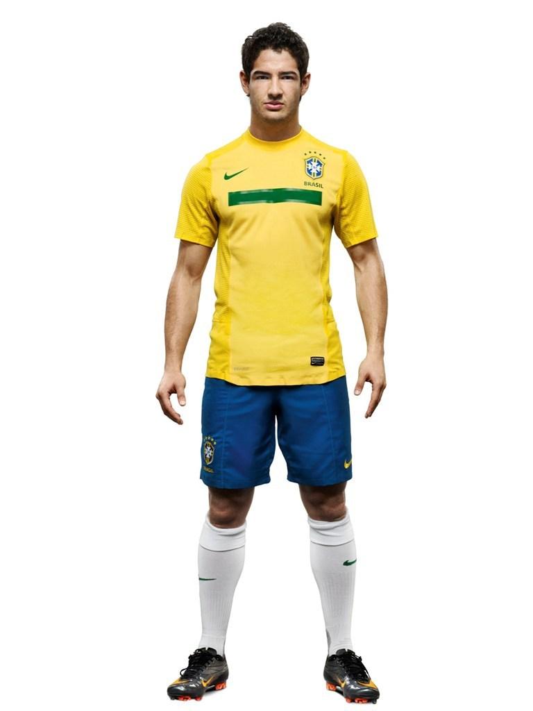巴西队新队服发布图片