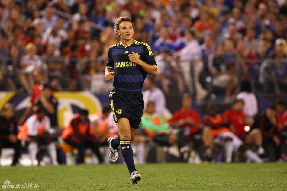 7月28日在欧洲杯对阵瑞典时的发挥出色的舍普琴科宣布正式...