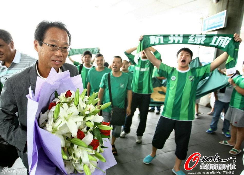 http://www.sinaimg.cn/dy/slidenews/2_img/2012_34/789_787831_912615.jpg