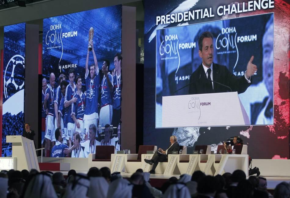 国足2-1卡塔尔_2012年卡塔尔人口