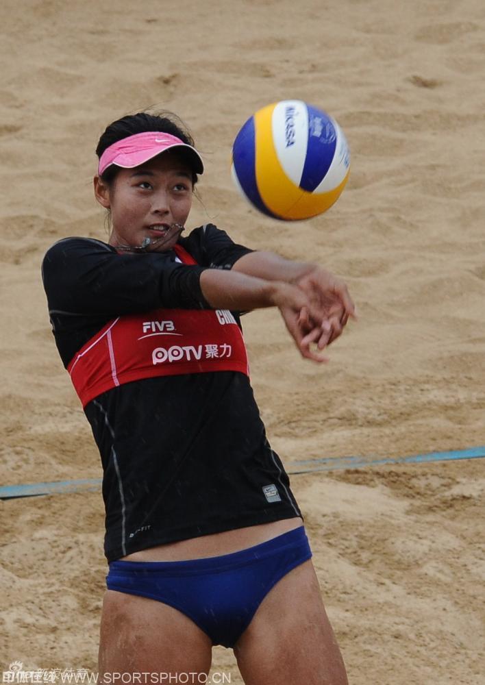 ,国际排联世界沙滩排球巡回赛上海金山大满贯赛继续在上海金山进