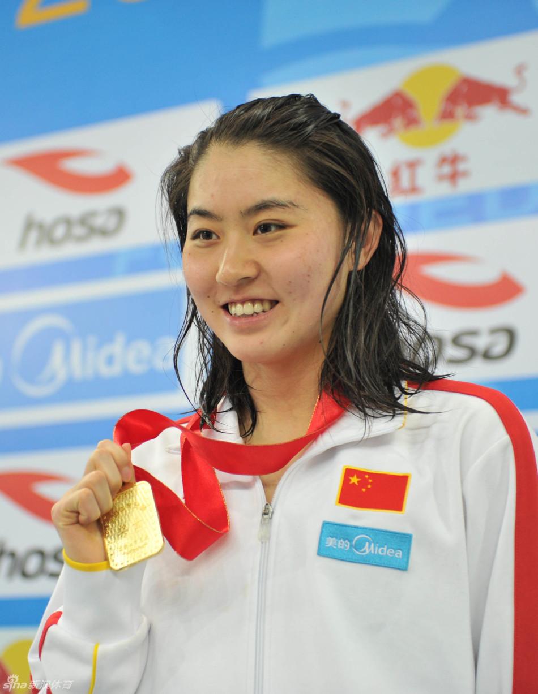 【泳讯】冠军赛:焦刘洋200米蝶胜刘子歌 傅园慧100仰夺冠