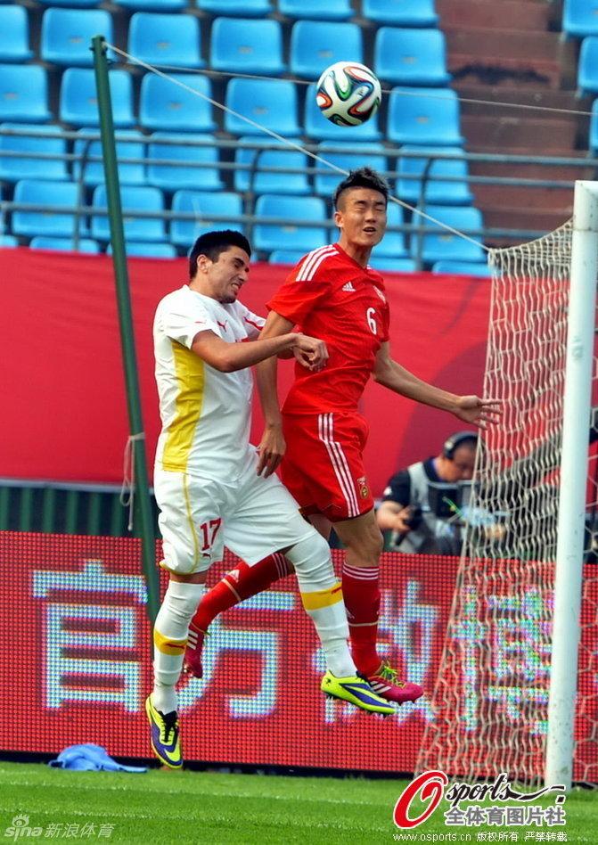 Kire Markoski leaps for the ball