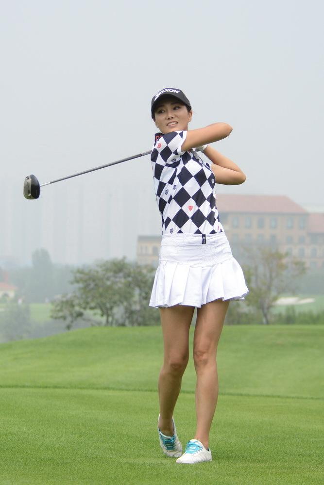 高尔夫俱乐部隆重举行,这也标志着河北高尔夫历史上首个高级高清图片