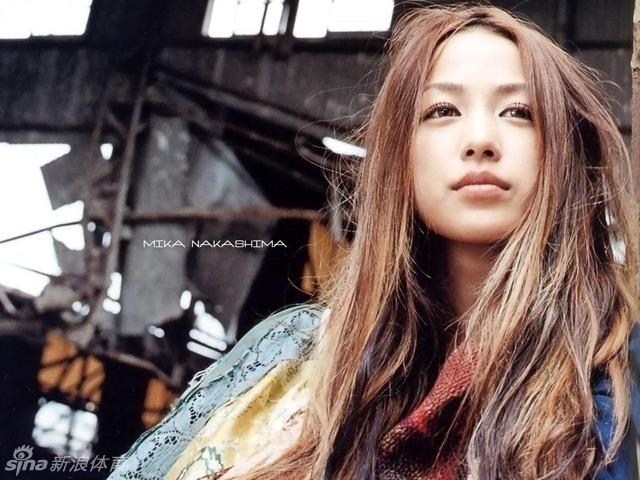 本月,日本女歌手中岛美嘉将和排球选手清水邦广结婚,据悉两高清图片