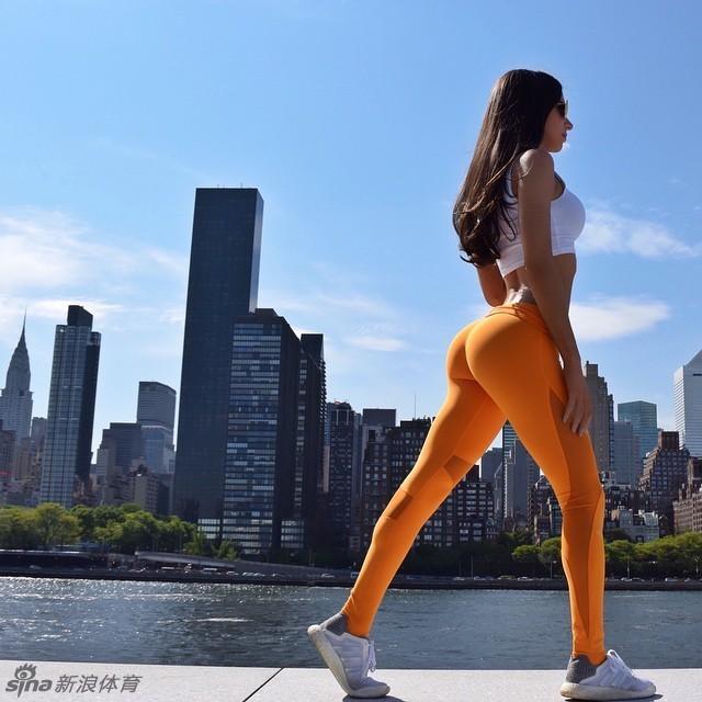 美国翘臀健身女王Selter最新私照大秀性感美臀
