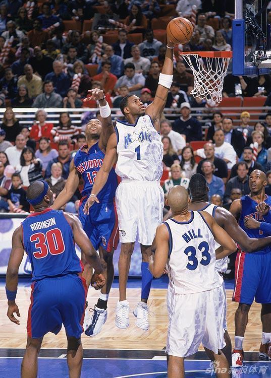 2002年,麦蒂46分6篮板3抢断-NBA圣诞大战经典回顾图片